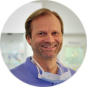 Zahnarzt Dr. med. dent. Olaf Rauer, Hamburg-Bergedorf